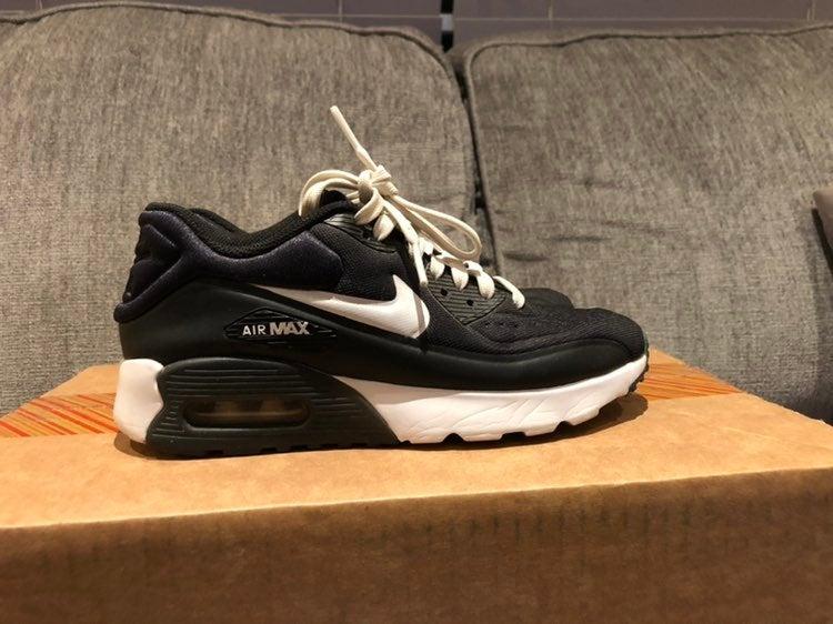 Nike Air Max 90 Youth 4.5