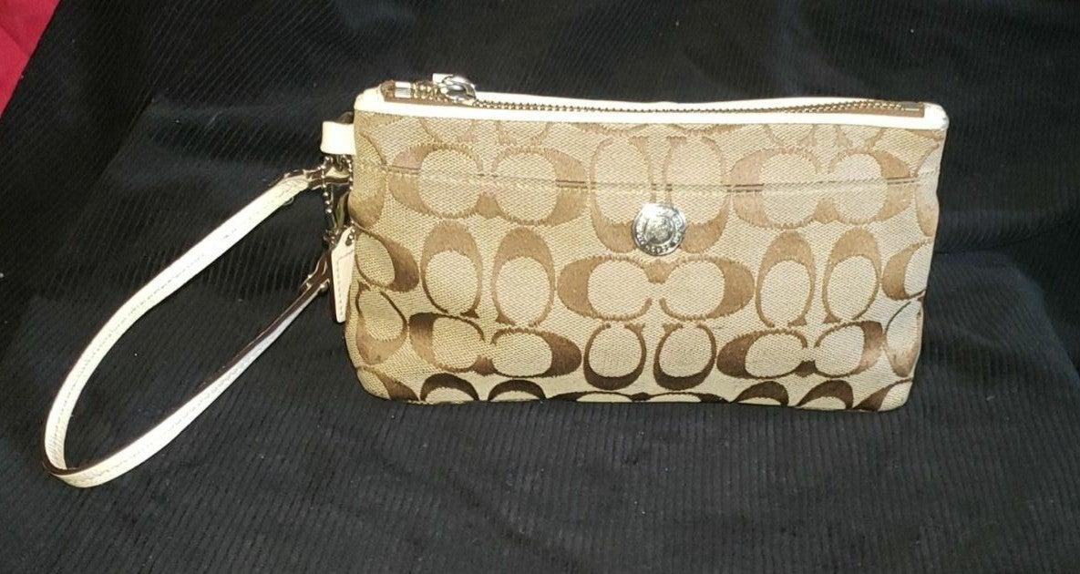 Coach wristlet wallets for women