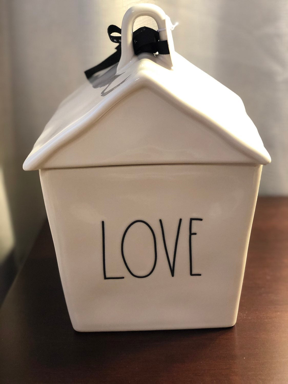 NWT Rae Dunn LOVE Cookie Jar