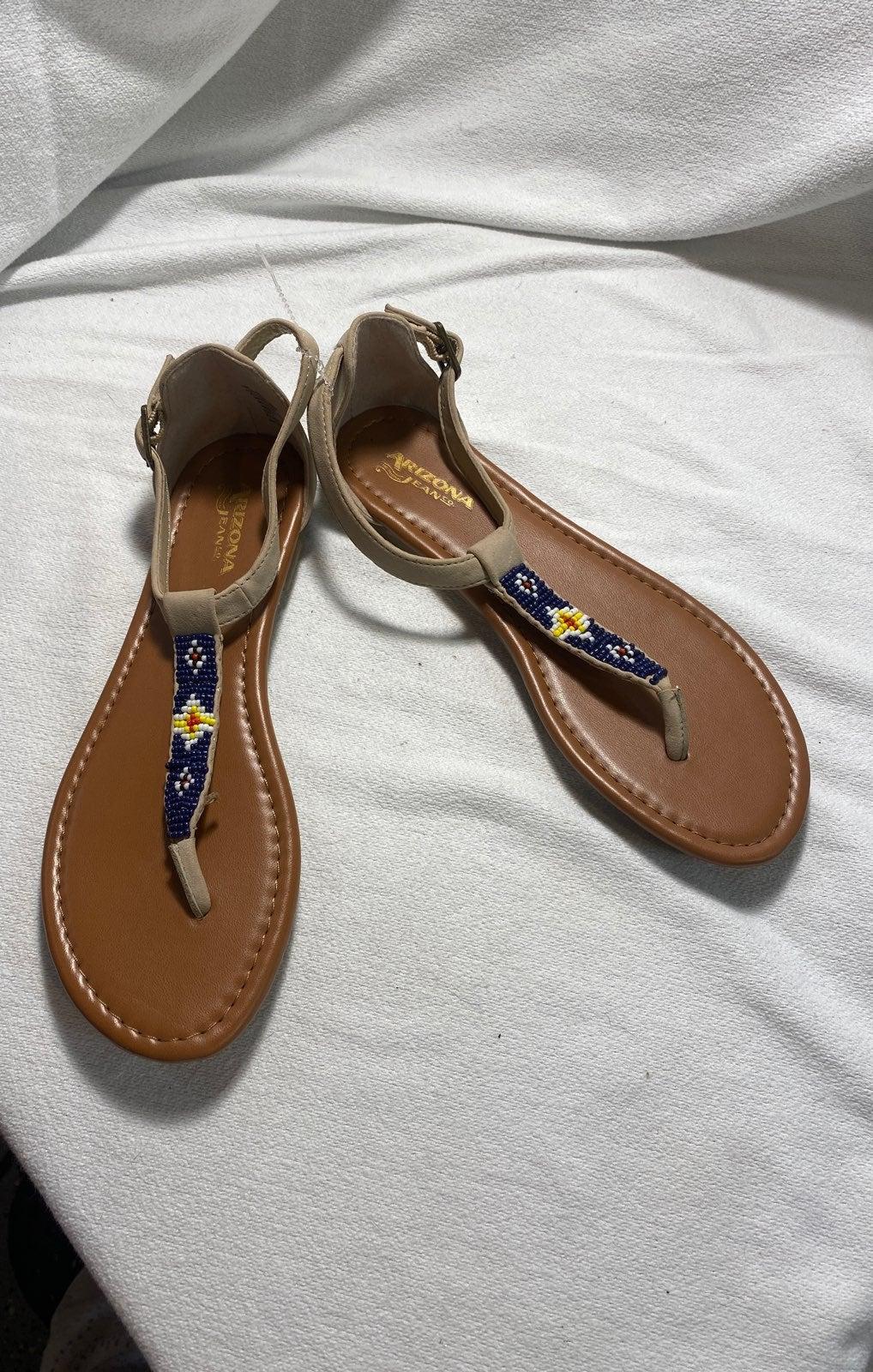 Arizona Beaded tan sandals New size 7