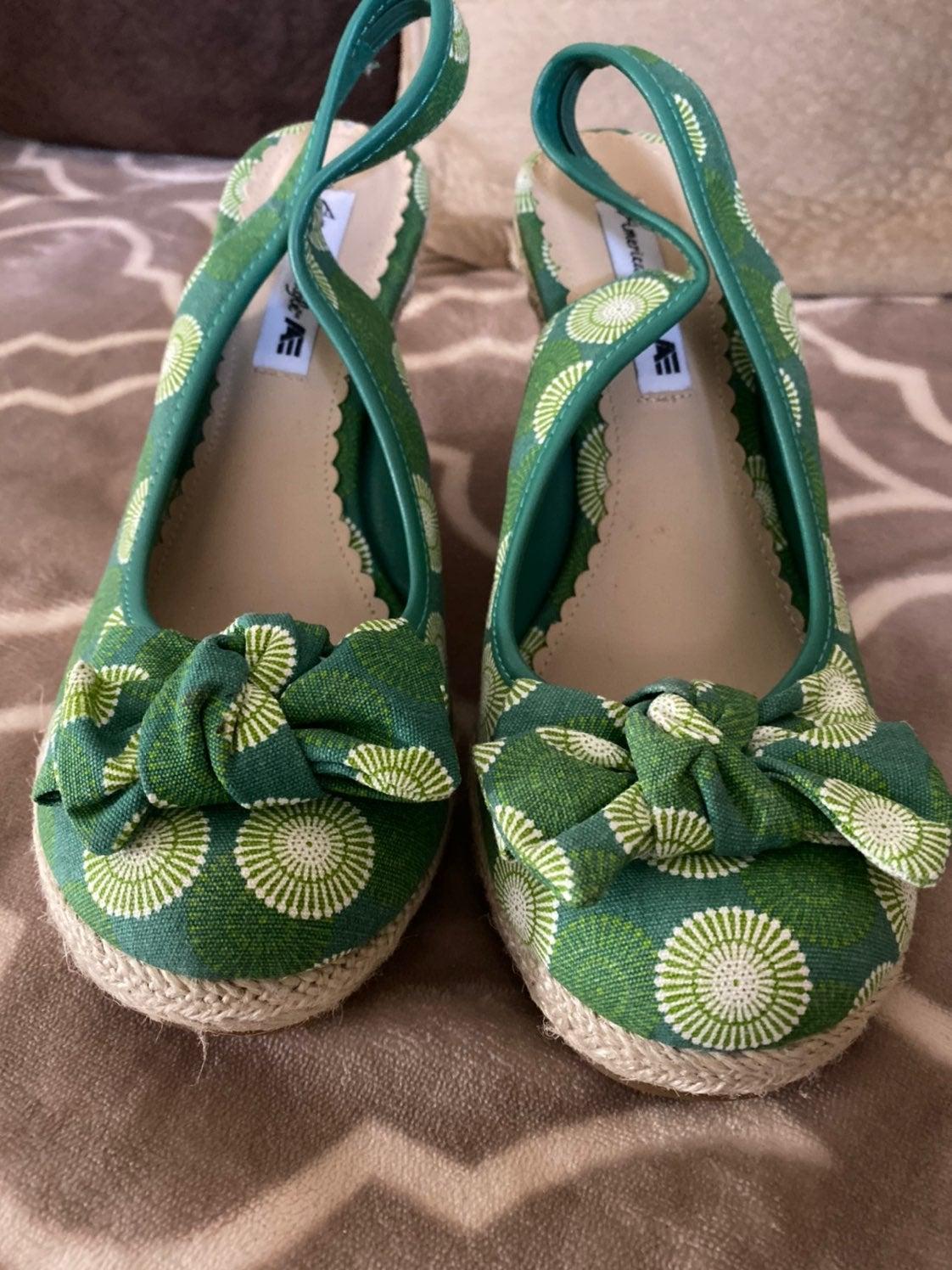 New American Eagle wedge heels sandals