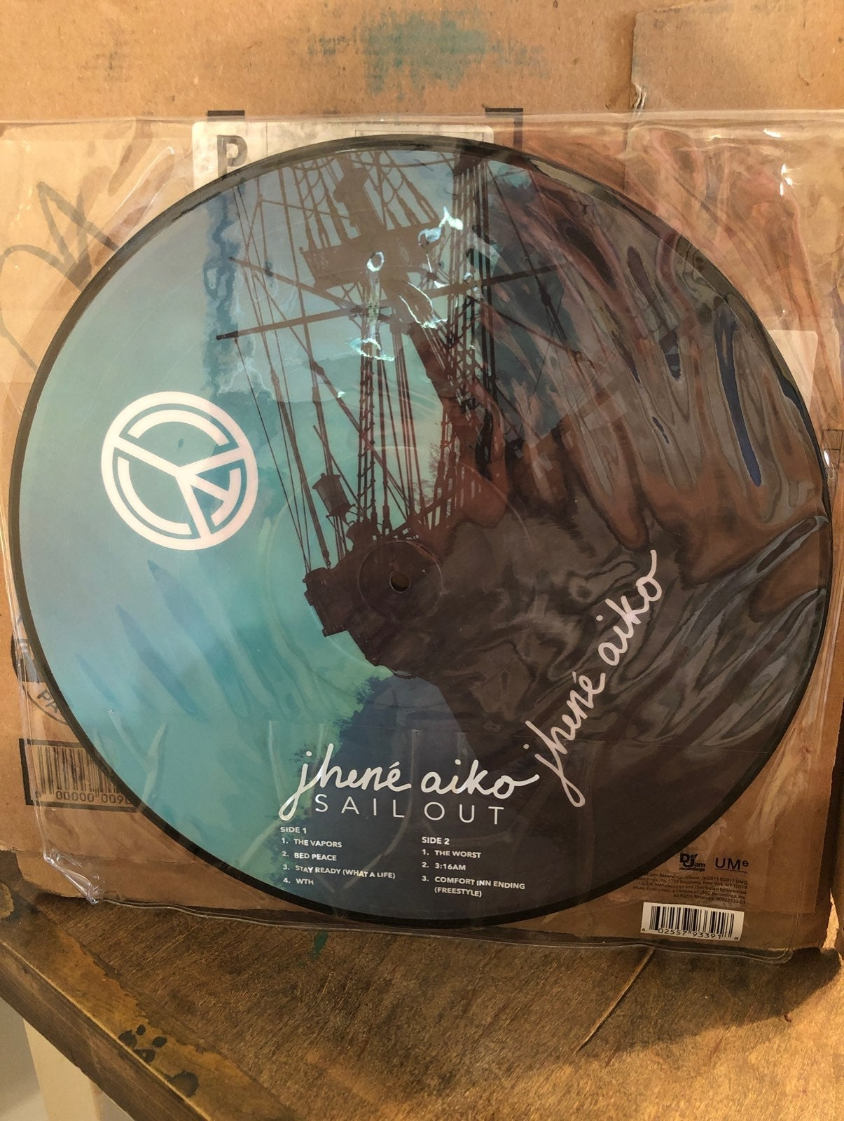 **On hold**Jhene Aiko - Sail Out - Vinyl