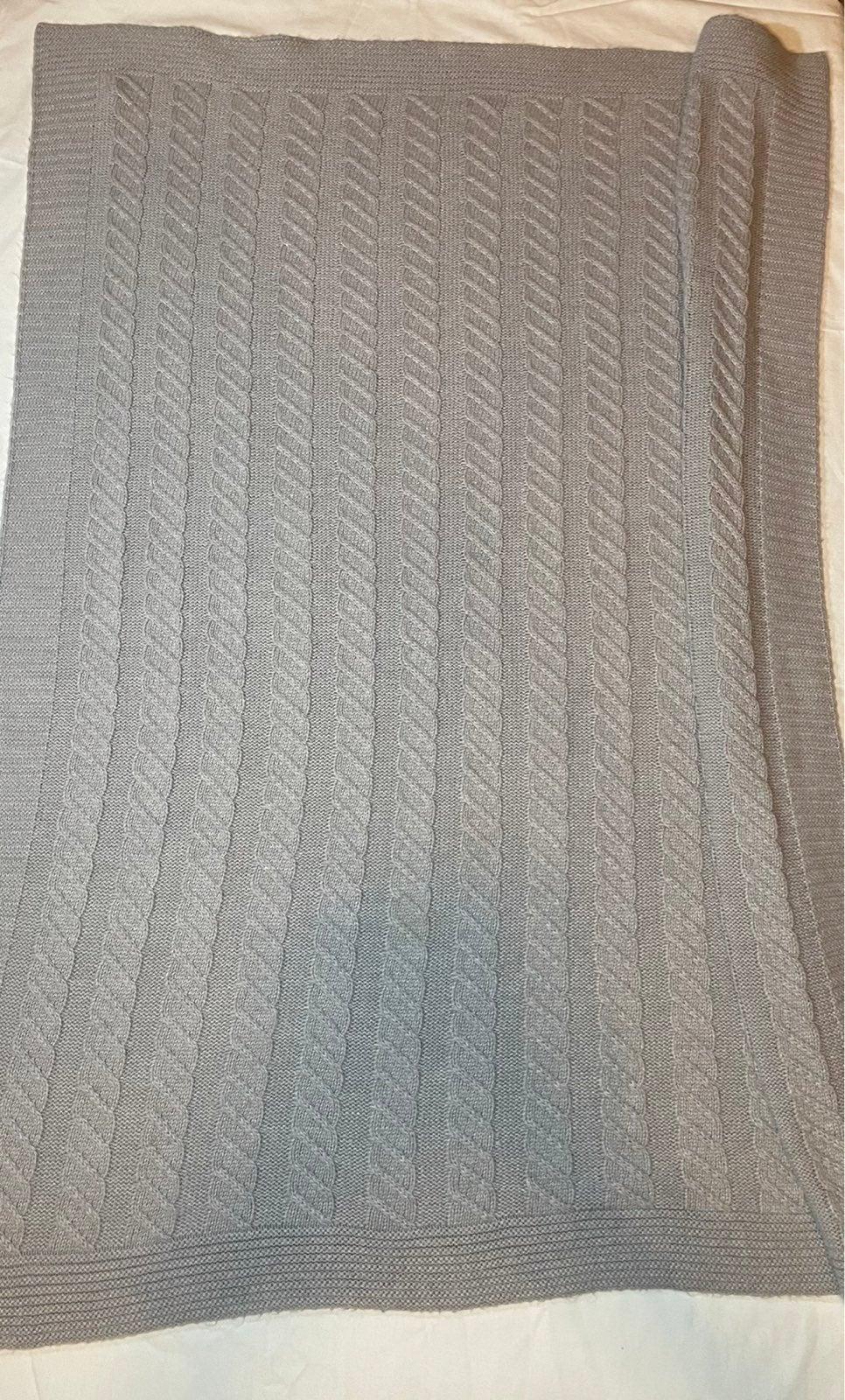 Pottery barn baby blanket grey