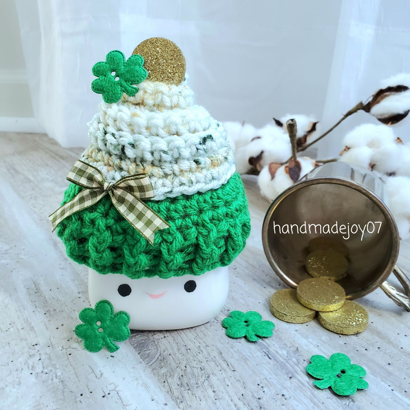 Pot of Gold Cupcake Mug Hat Res4-TraceyJ