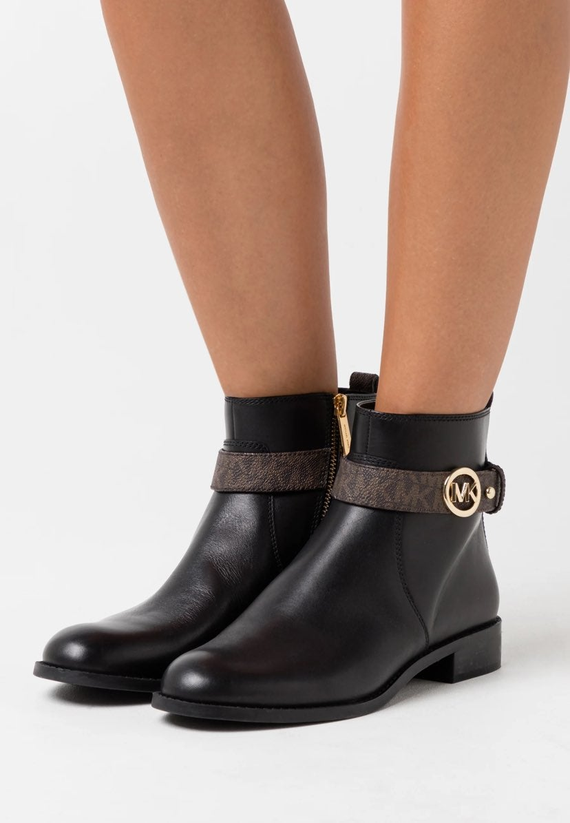 Michael Kors Abigail Ankle Boots Black