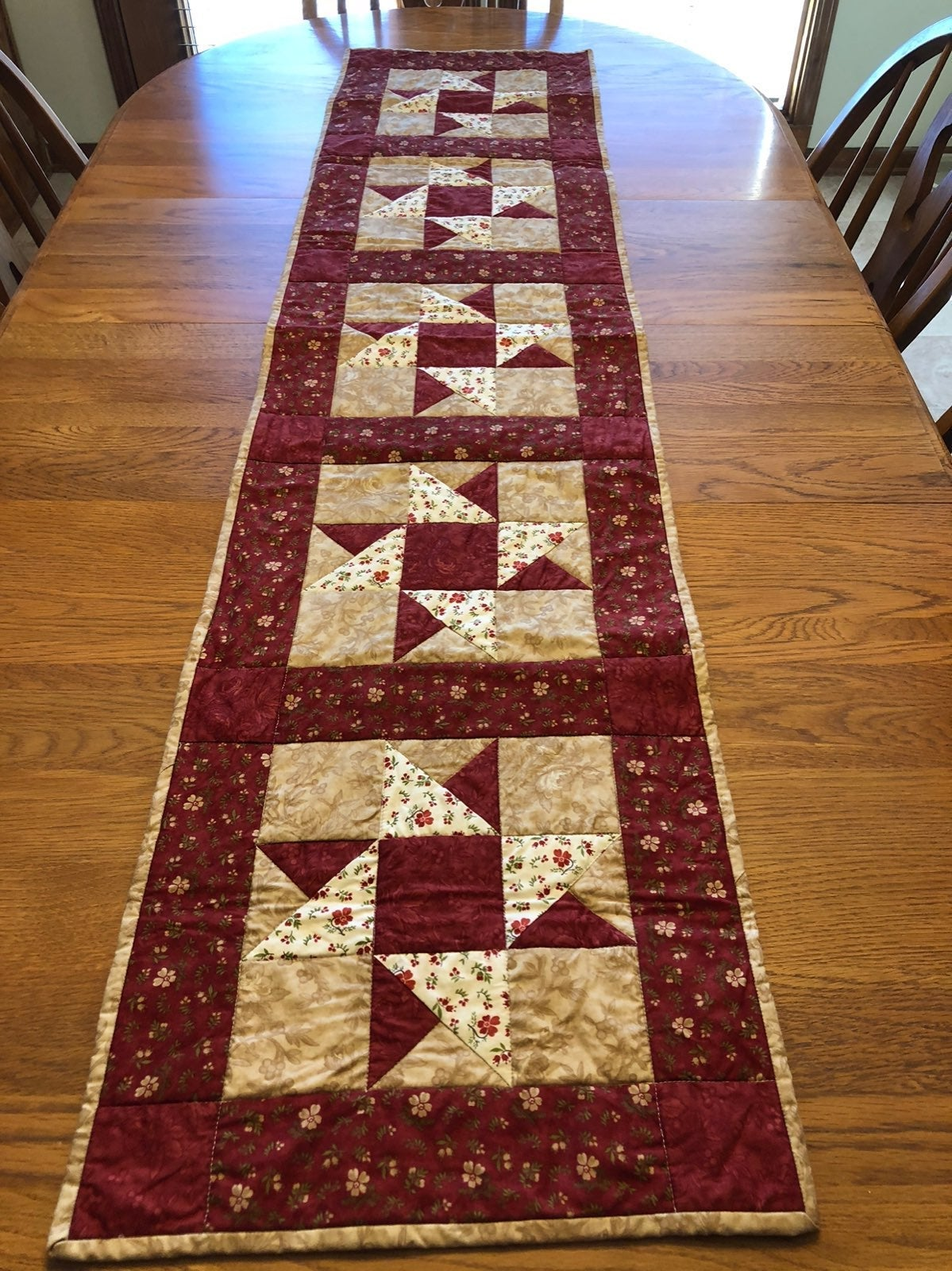 Hamdmade quilted fall table runner