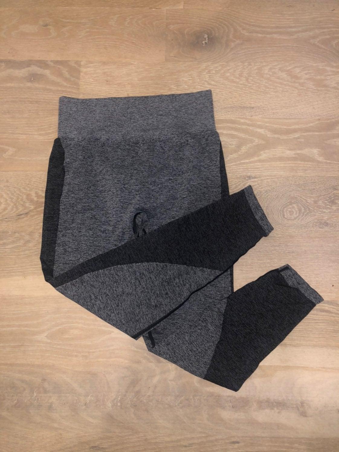 PINK leggings, size L