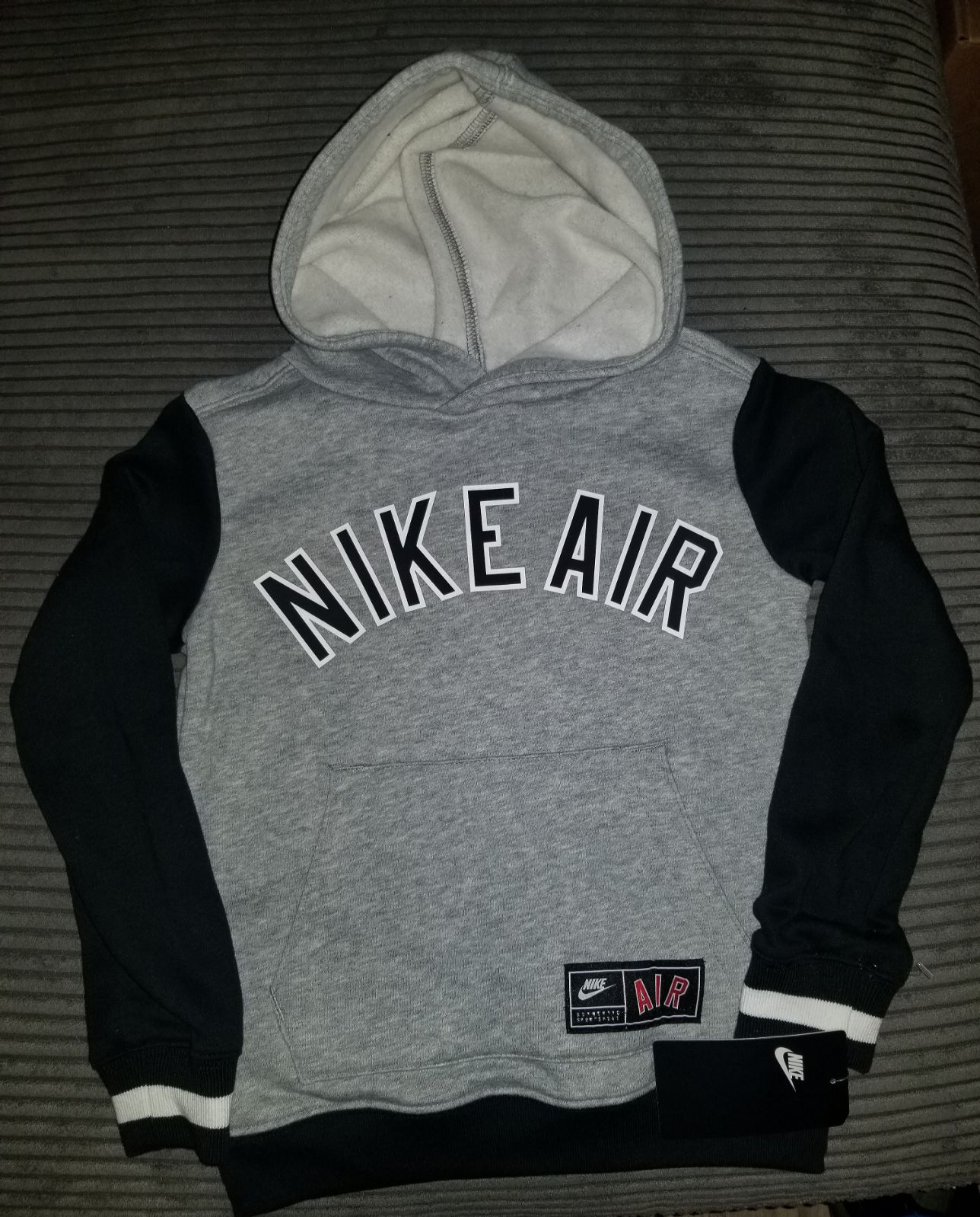 Nike Air Boys/youth Hoodie XS