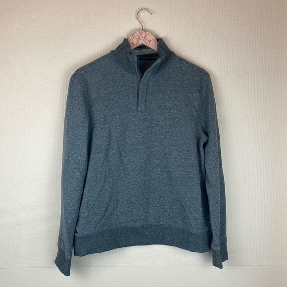 UNTUCKit Gray Quarter Zip Sweatshirt