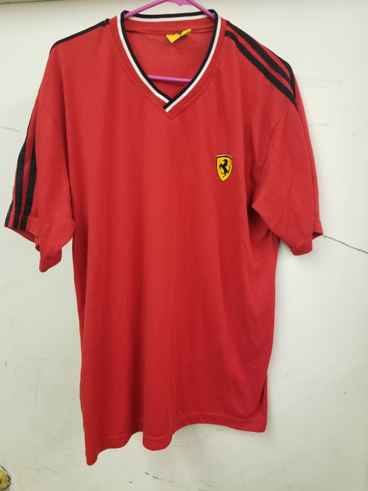 ferrari TSHIRT red and yello size large