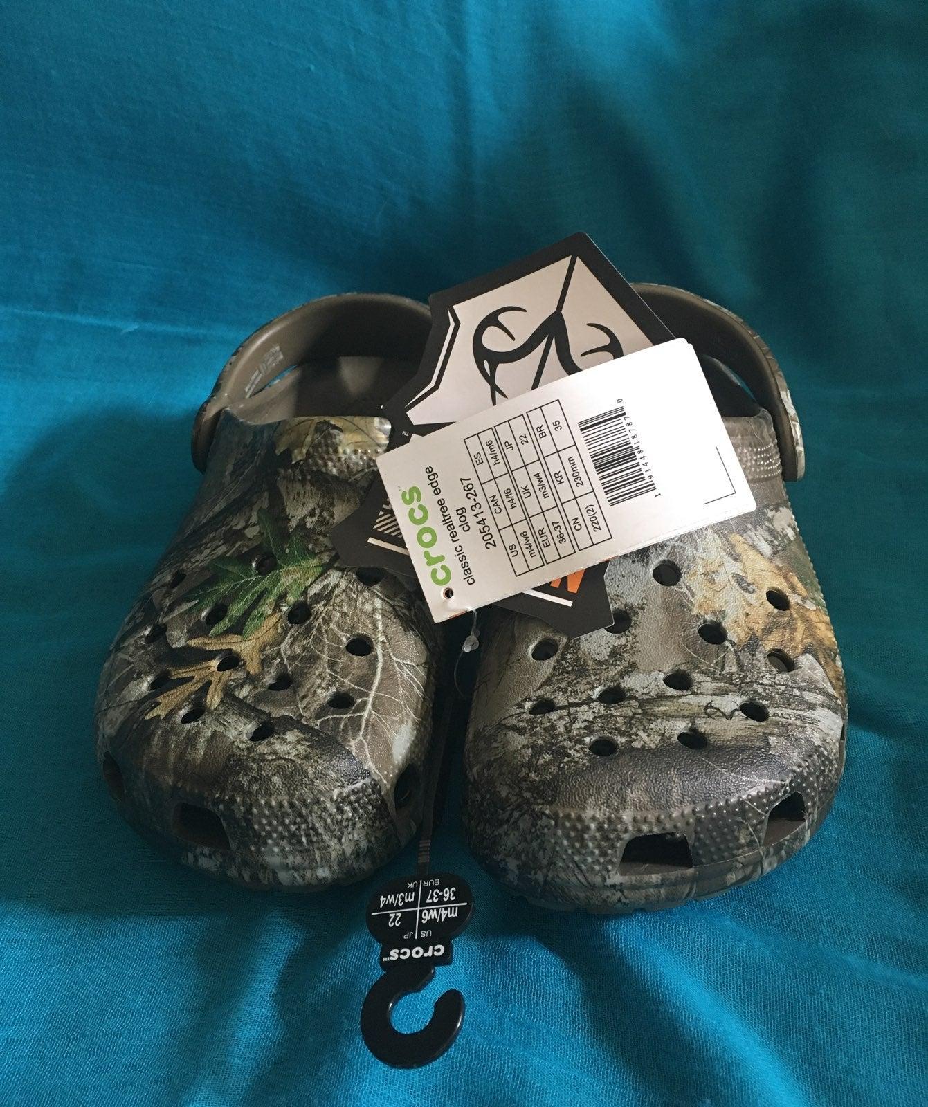 Crocs Realtree Edge Clog size M4/W6
