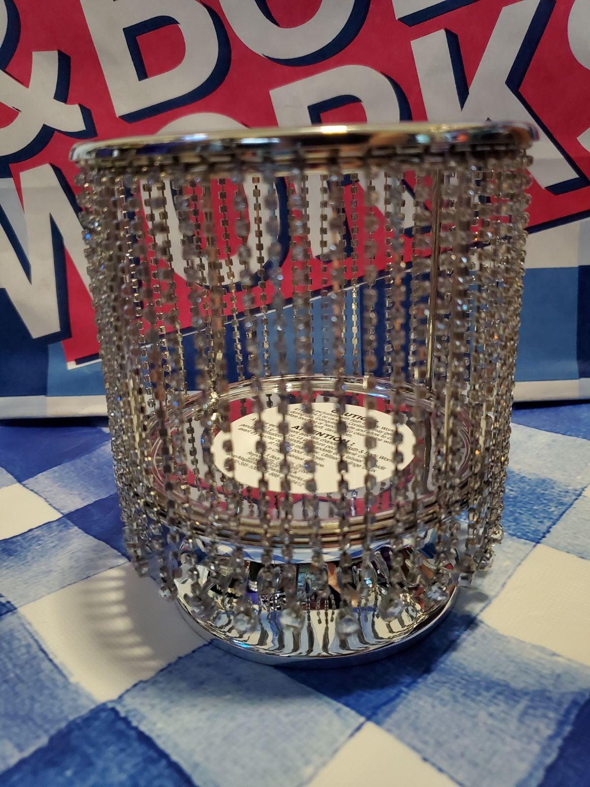 Diamond 3 wick candle pedestal