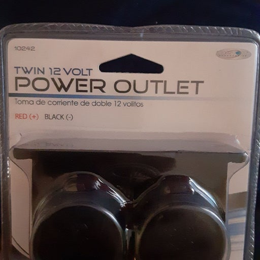 Twin 12-volt power outlet