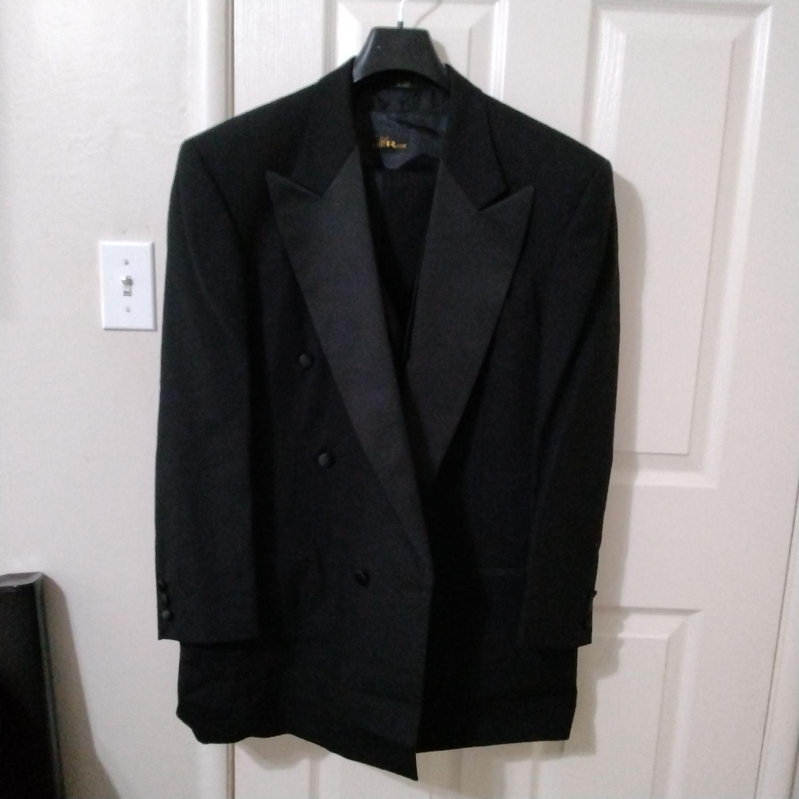 Tuxedo 3 piece