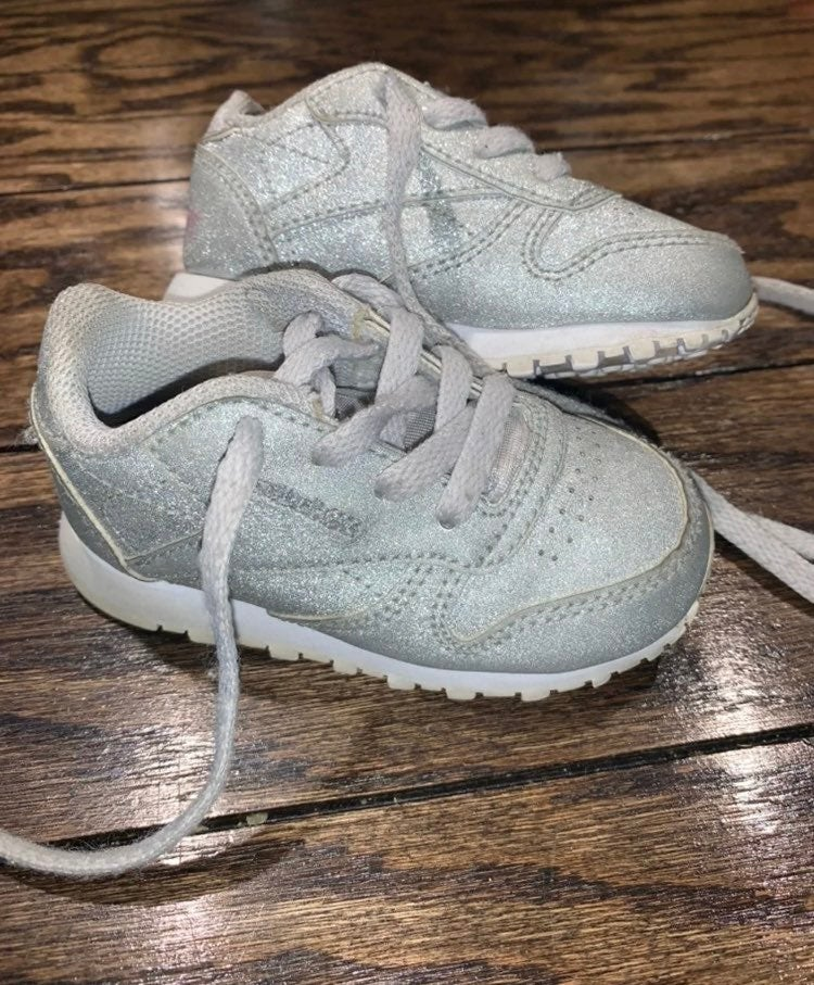 Infant Gray Glitter Reebok Size 4