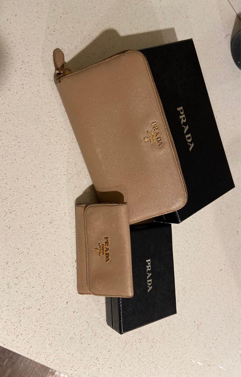 Prada wallet key holder set