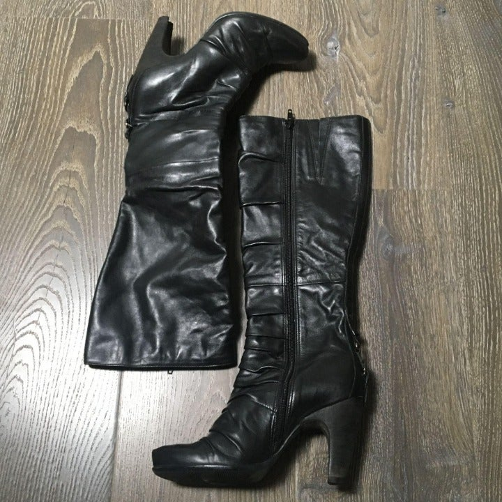 Bronx Black Leather Heeled Boots High