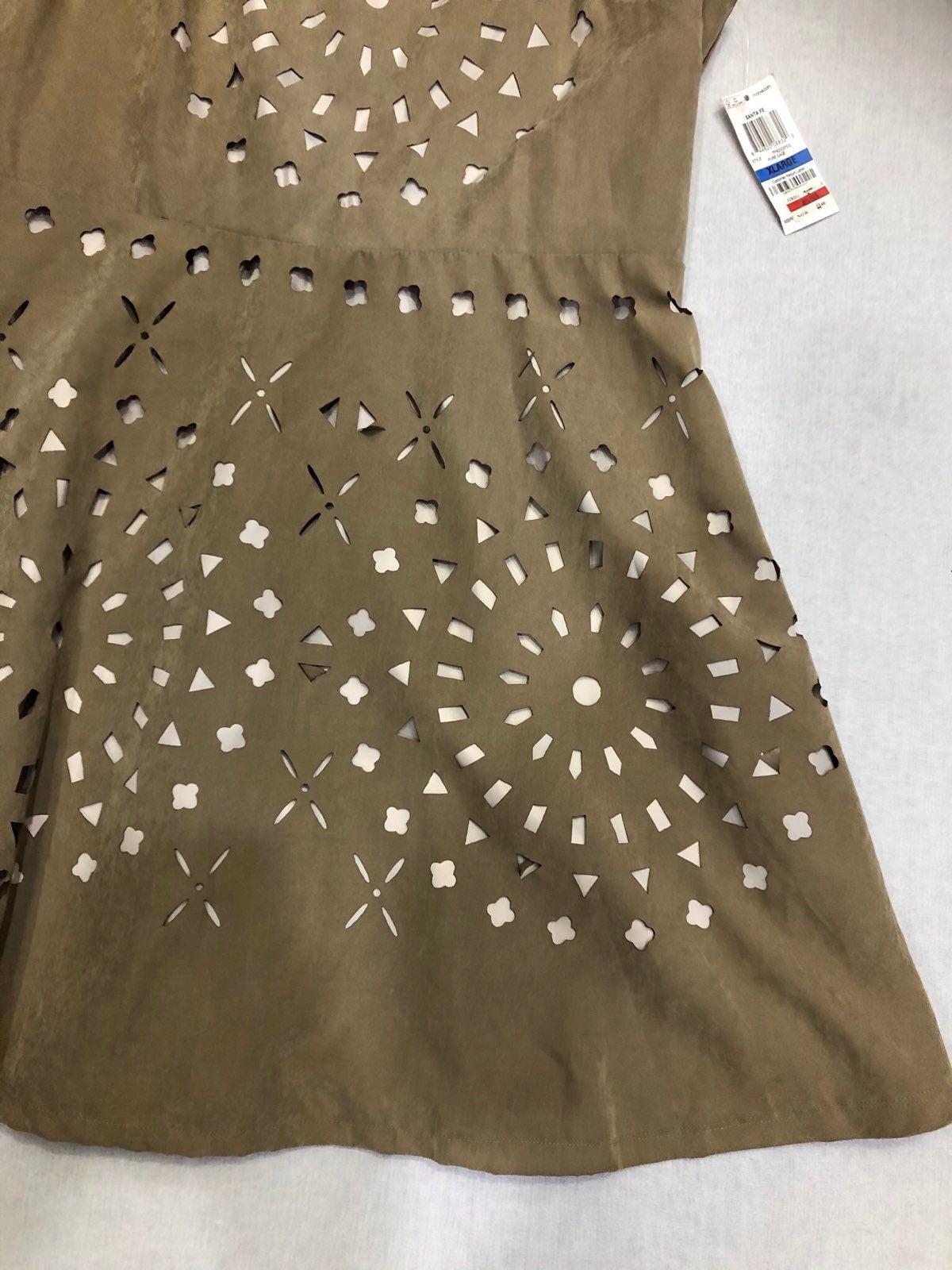 Dress bar III  new with tags