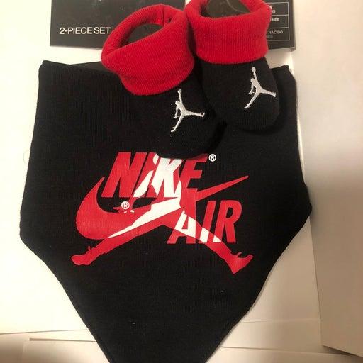 Air Jordan Nike Bib Sock Set Black Red