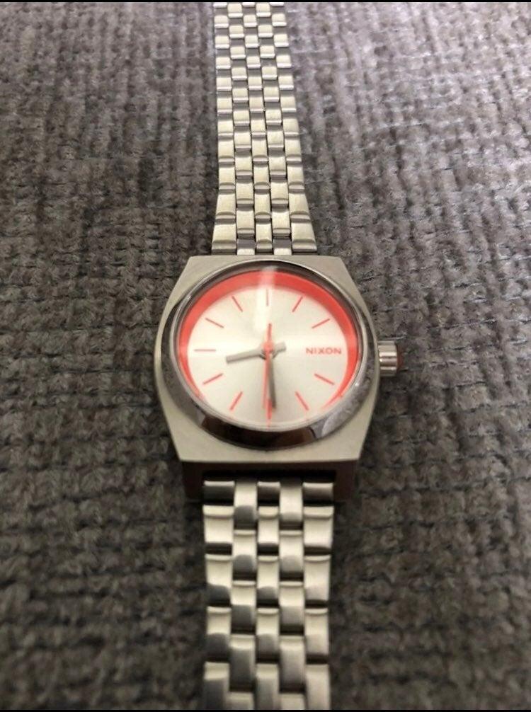 New Womens Nixon Minimzed Small Watch