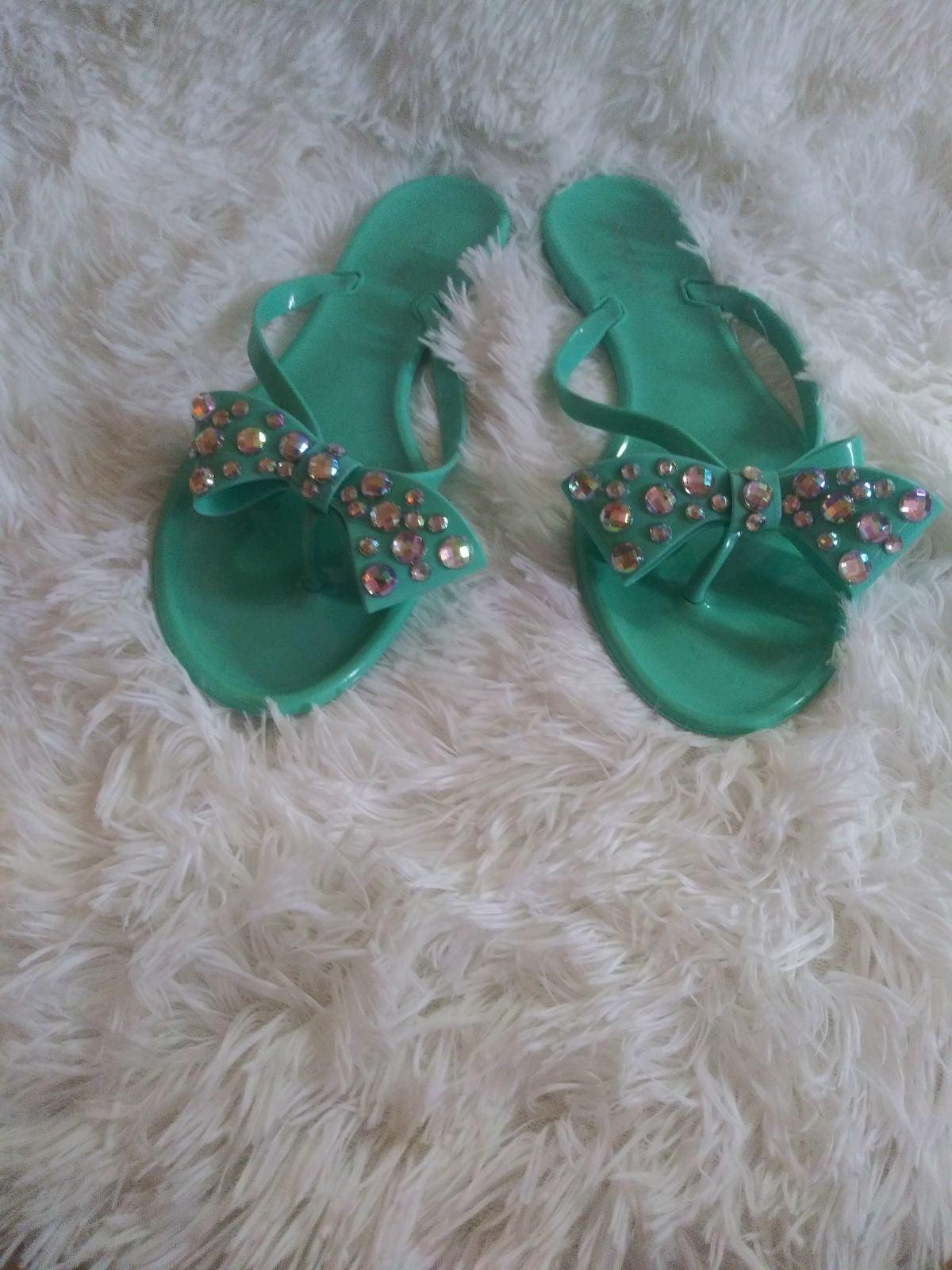 Bow tie sandals