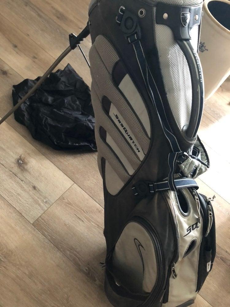 Nike golf sasquatch stand bag