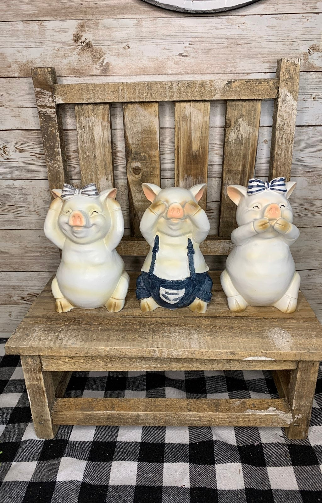 Farmhouse Pigs for tiered stands