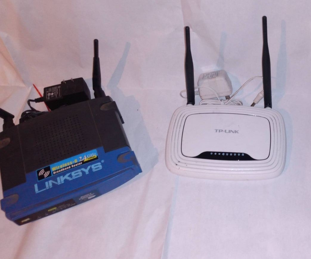 2 wireless routers