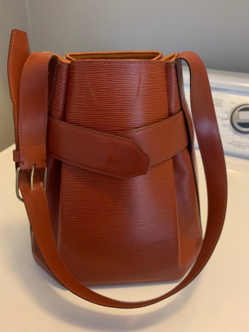 Lois vuitton Sac D'epaule epi leather ha