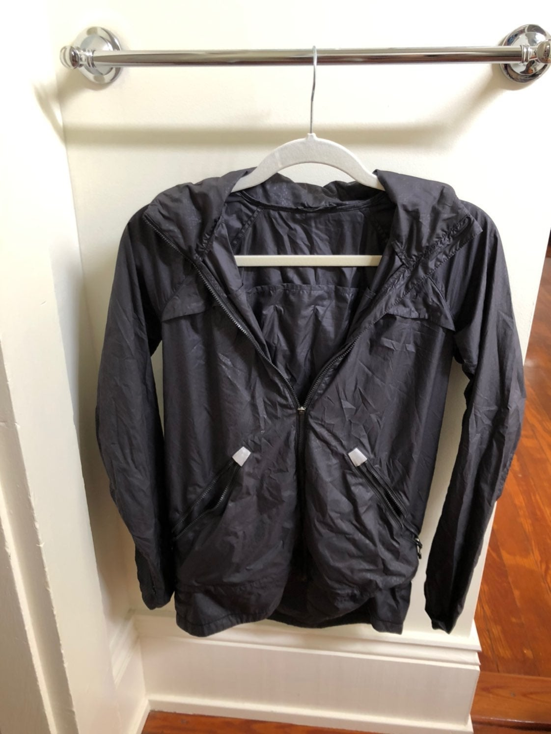 Lululemon Black Ladies Windbreaker Rain