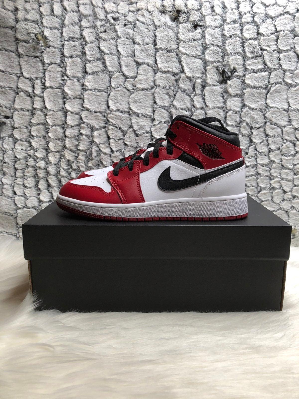 Jordan 1 white heels