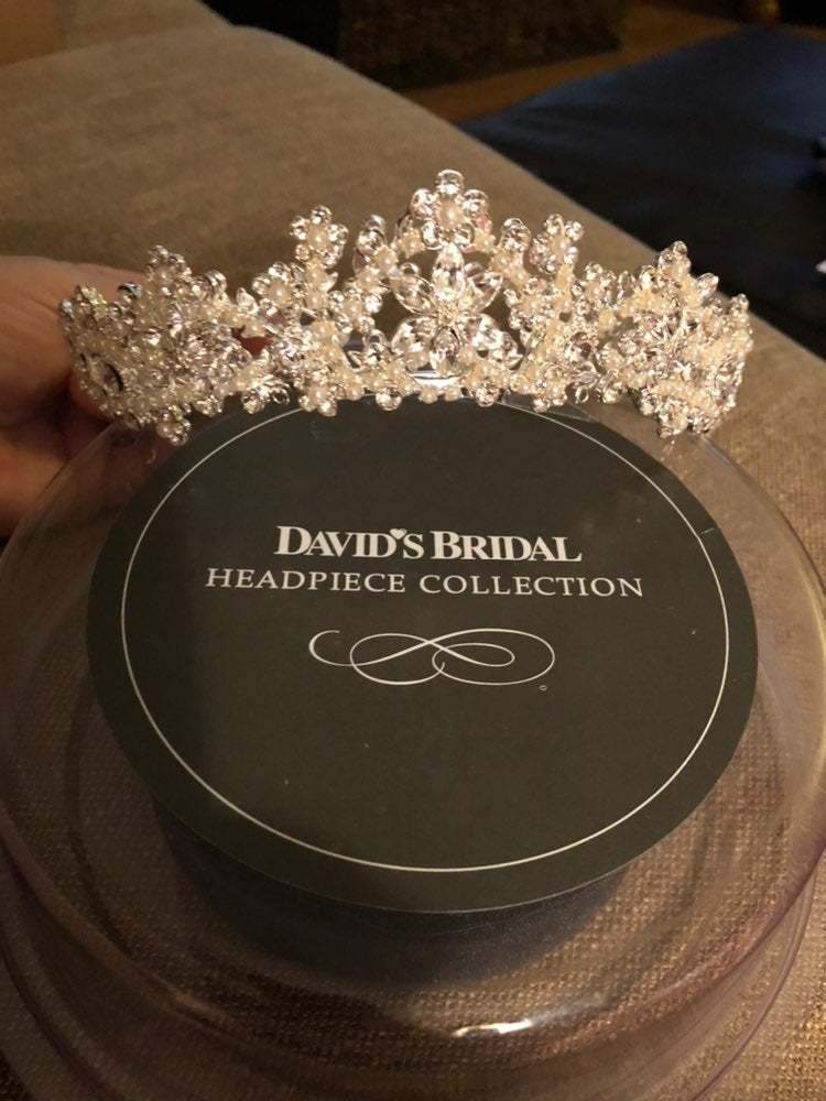 Bridal Tiara w Pearls & Crystals