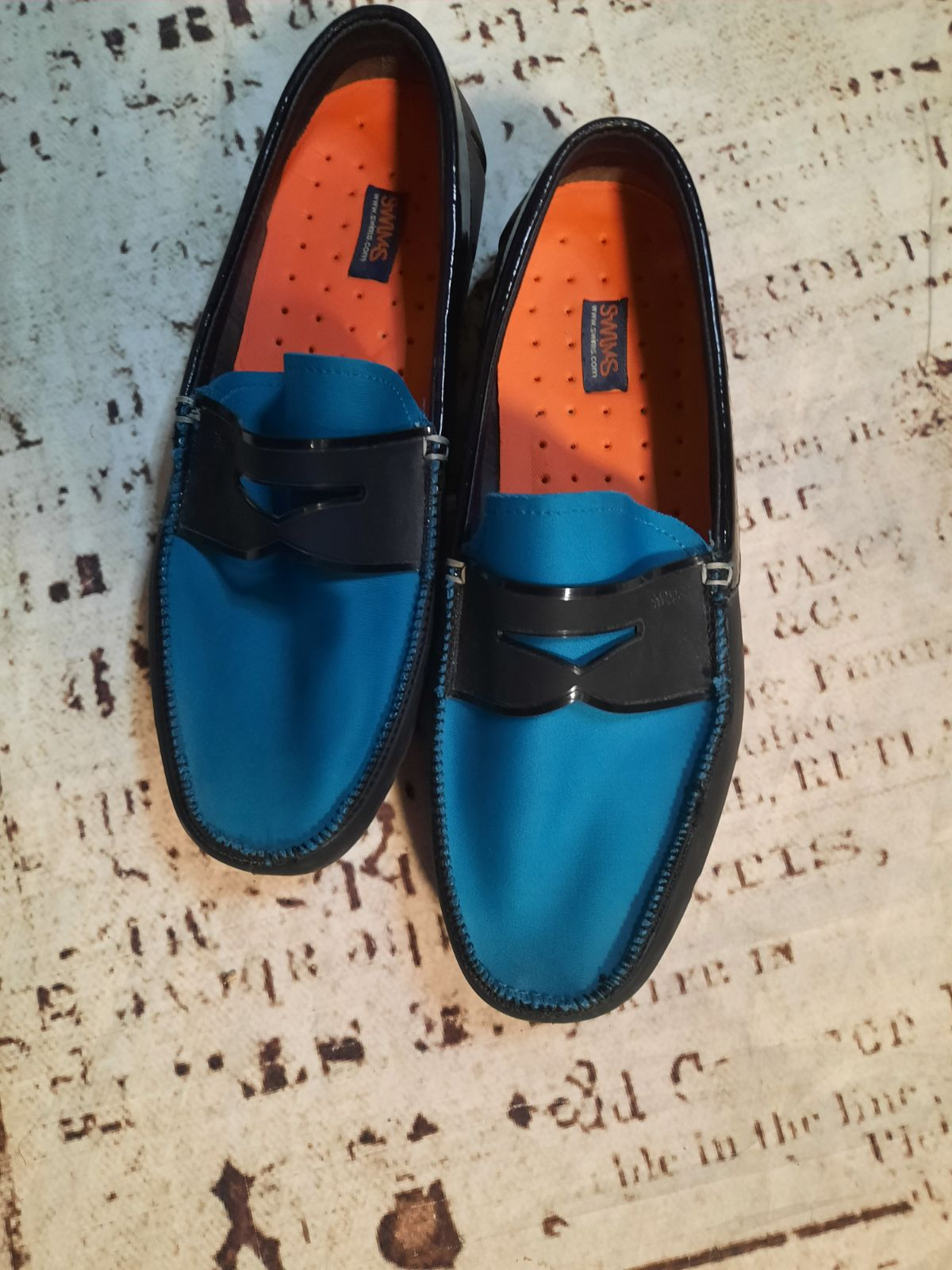 Swims, penny loafer,size 9.5