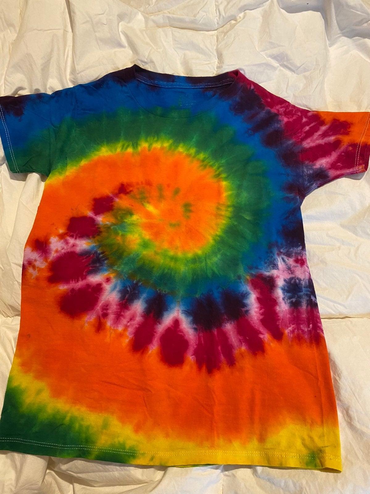 Tie dye ( youth medium 10-12)