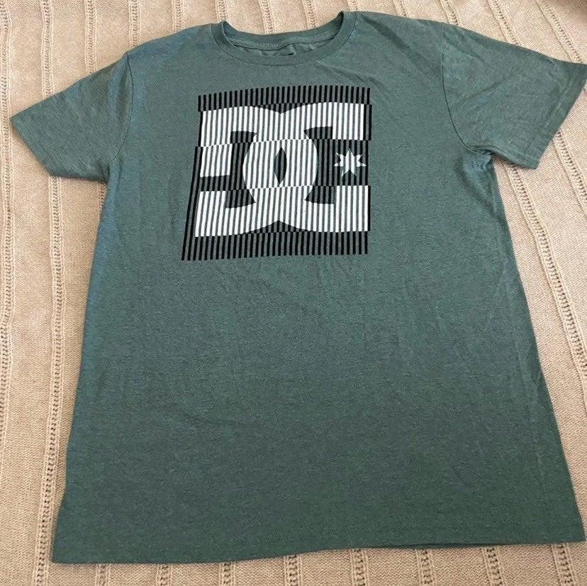 DC shirt large 14/16