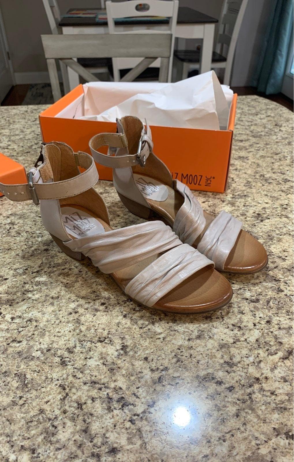 Miz Mooz Sandals 7.5