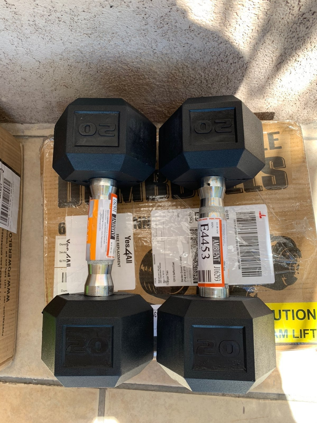 Set of 2 Cap 20 lb dumbbells hex rubber