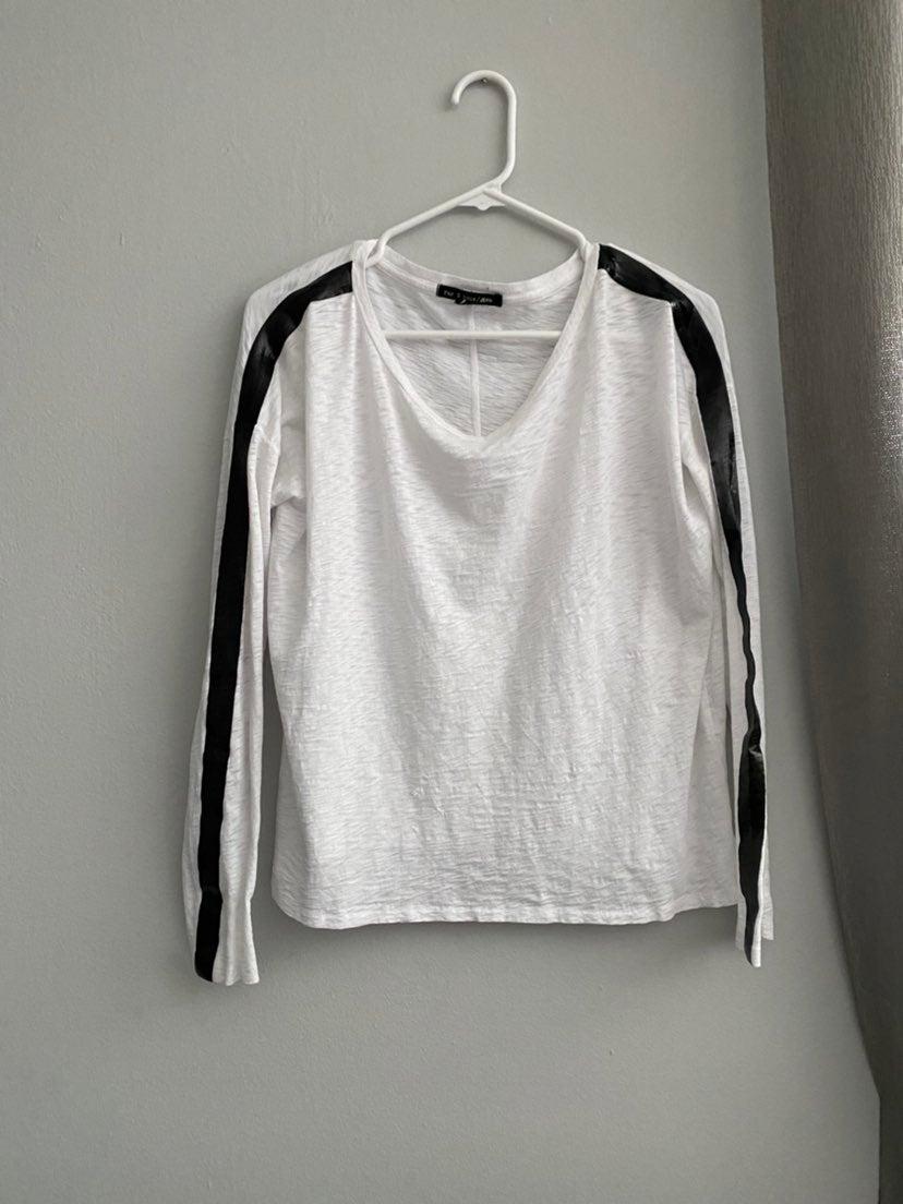 Rag & bone white top black strip arms S