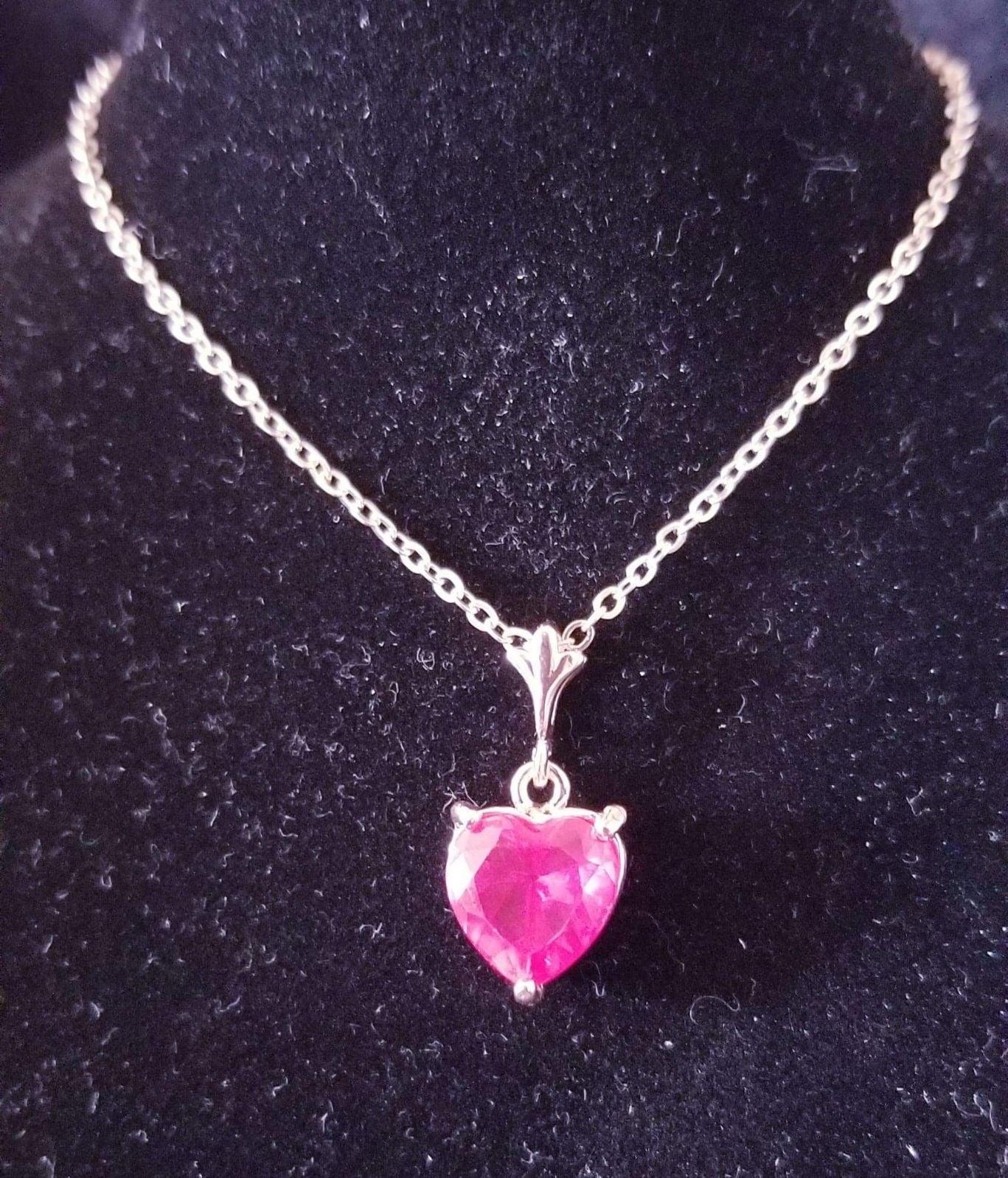 Beautiful Heart Fashion Necklace