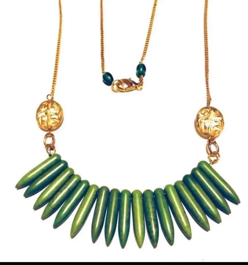 Green gemstone Necklace - new