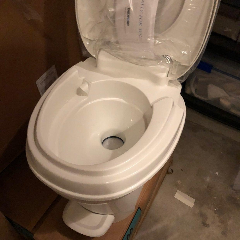 Aqua Magic V RV Toilet Pedal Flush