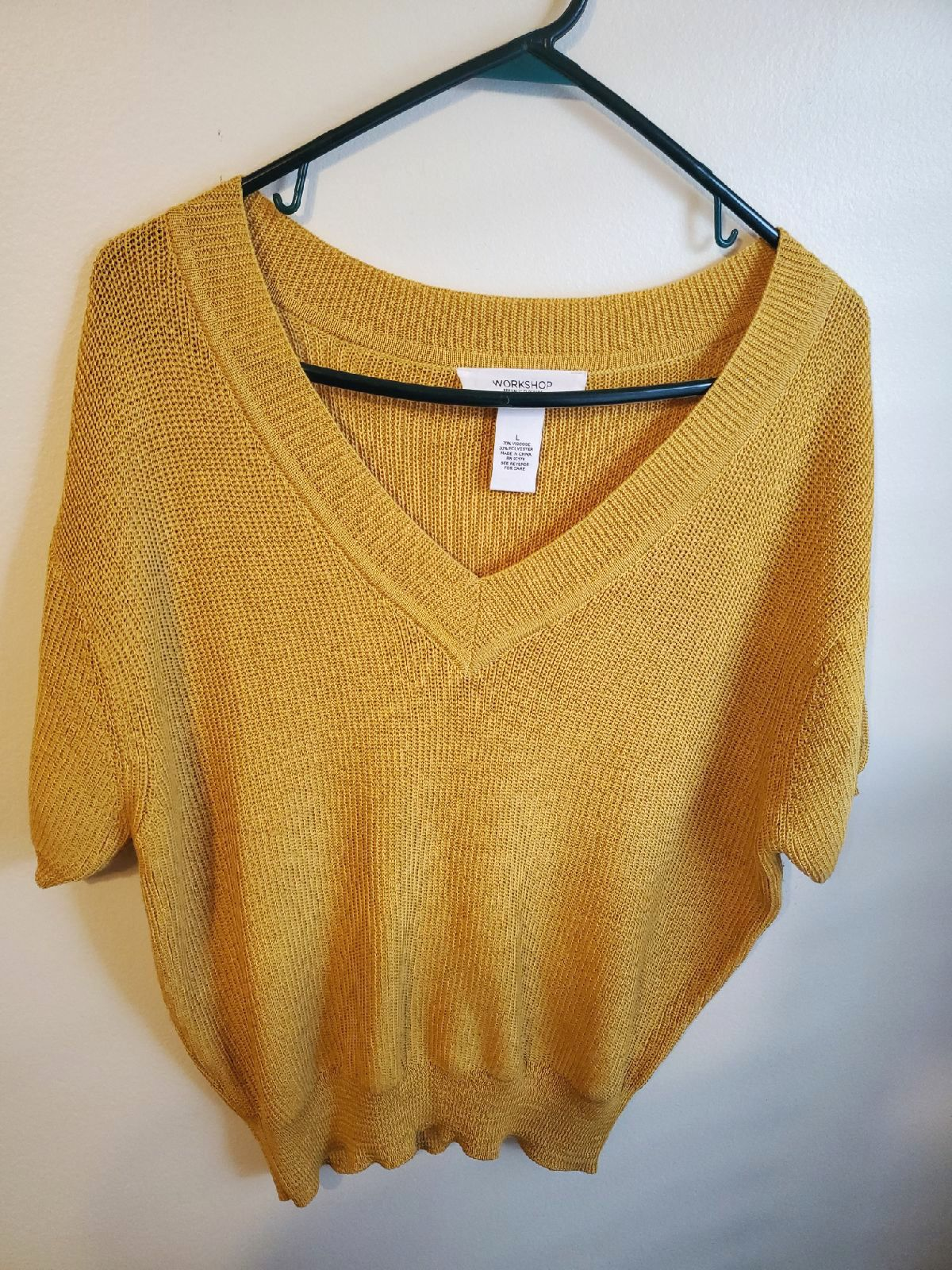 Gold Women's Gold  summer Sweater/L.