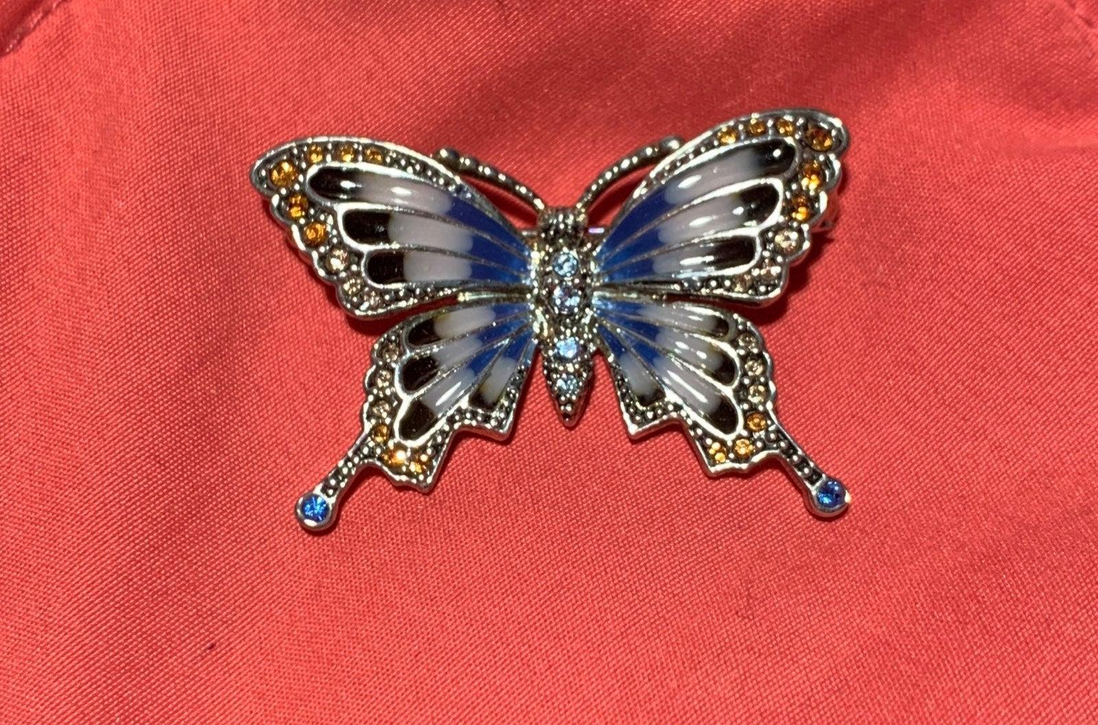 VTG MONET BUTTERFLY BROOCH SILVER BLUE