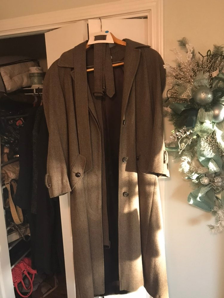Wool trench coat Unisex