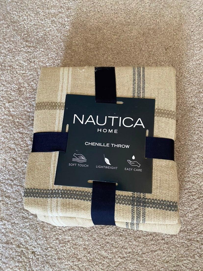 New Nautica Throw Blanket Tan plaid
