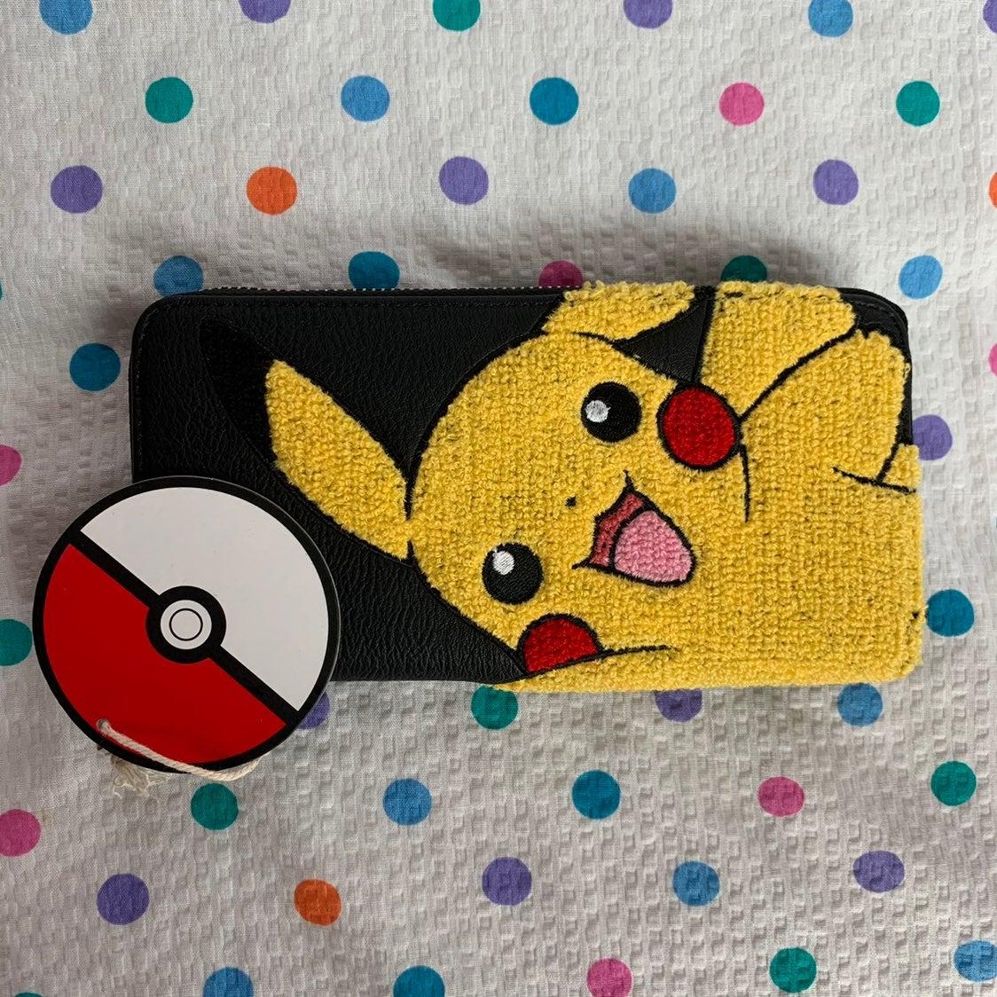 Pokémon Loungefly Wallet