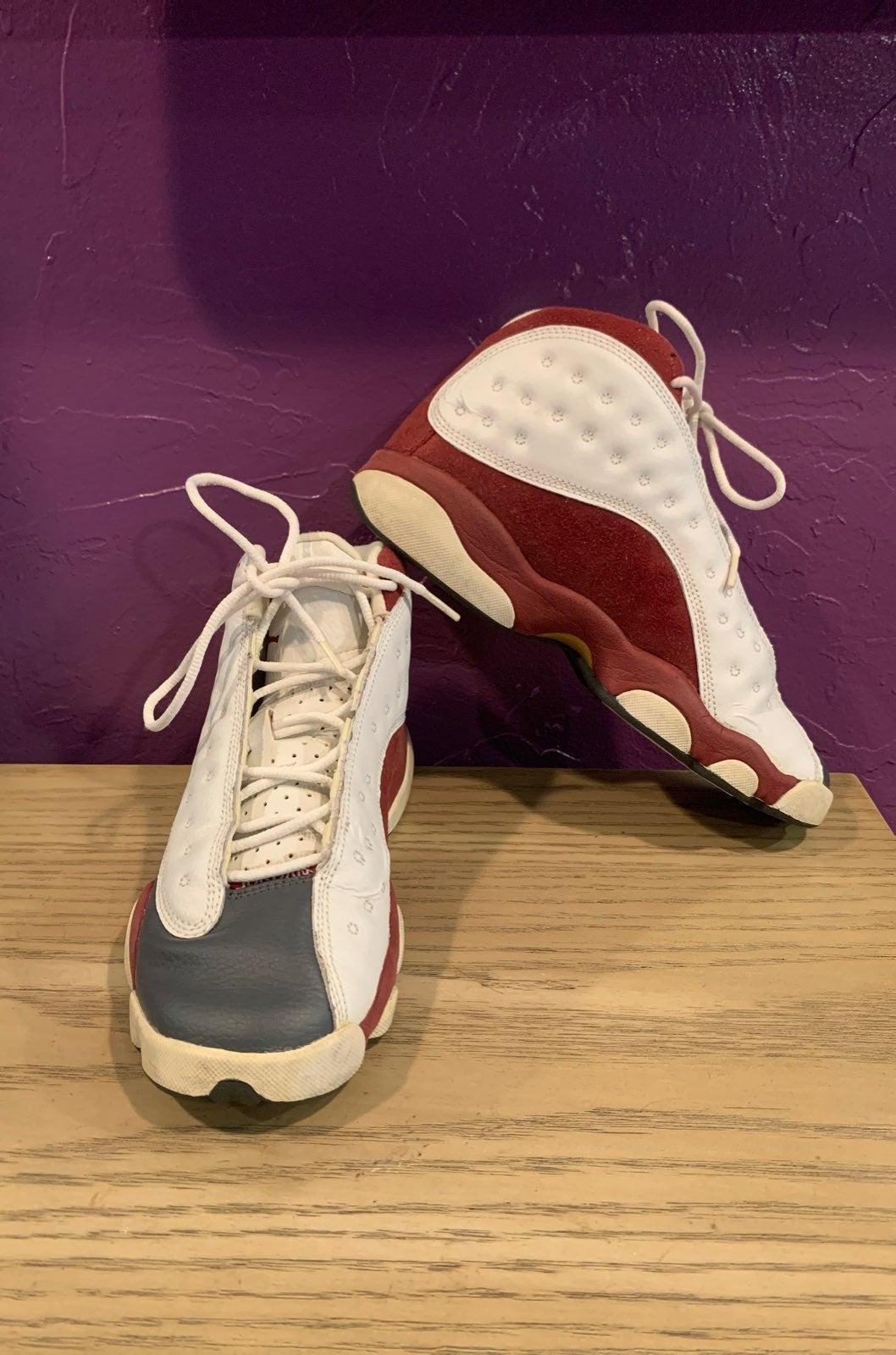 Air Jordan Retro 13s Size 5.5y Burgundy