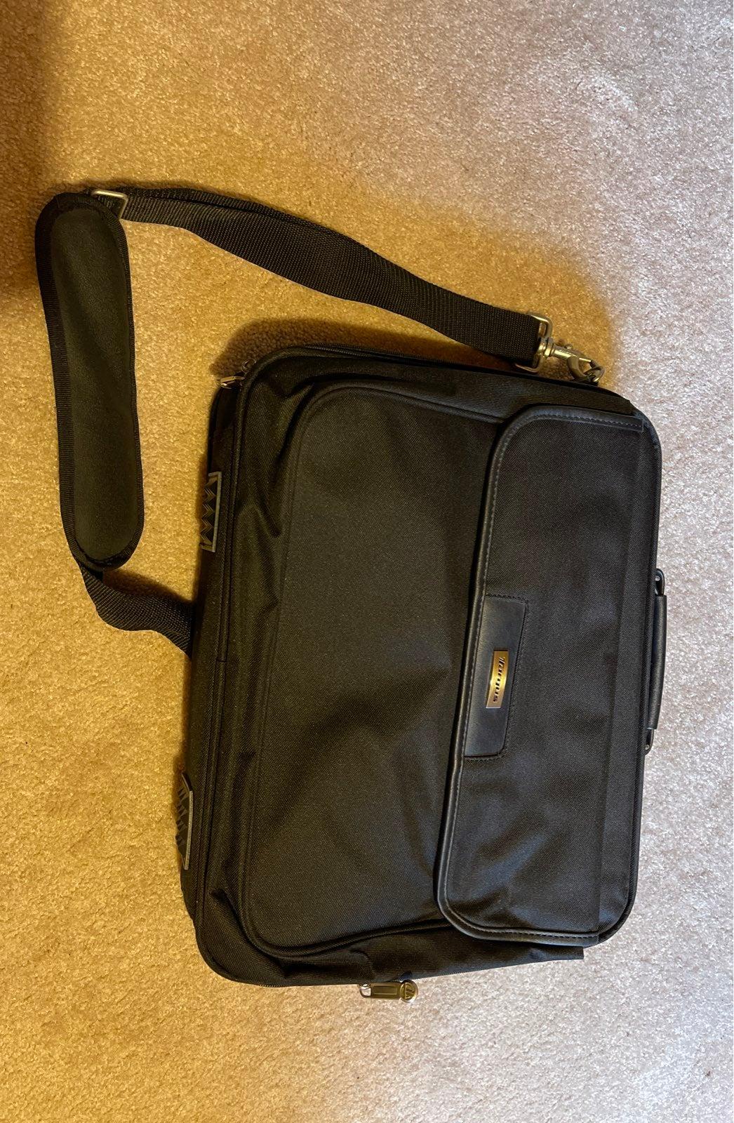 """targus laptop bag 16"""""""
