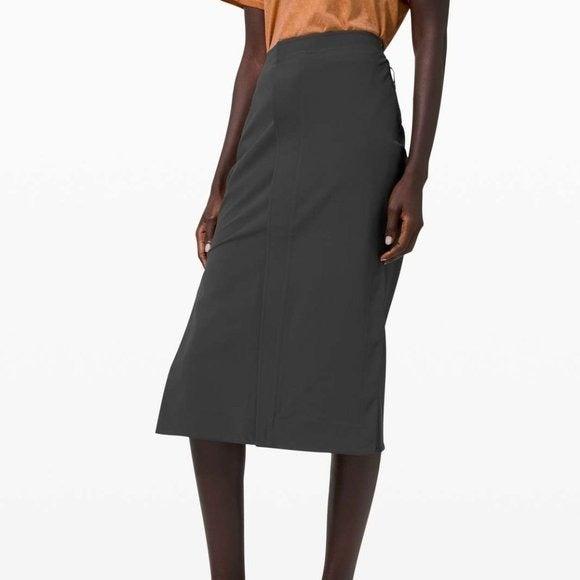 lululemon lab Kosaten Skirt Graphite Grey Sz 2