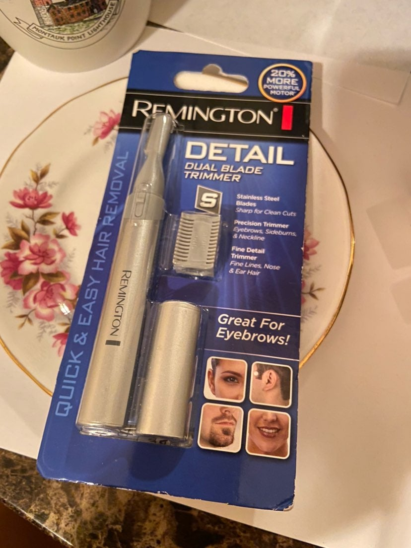 Hair remover / great for eyebrows